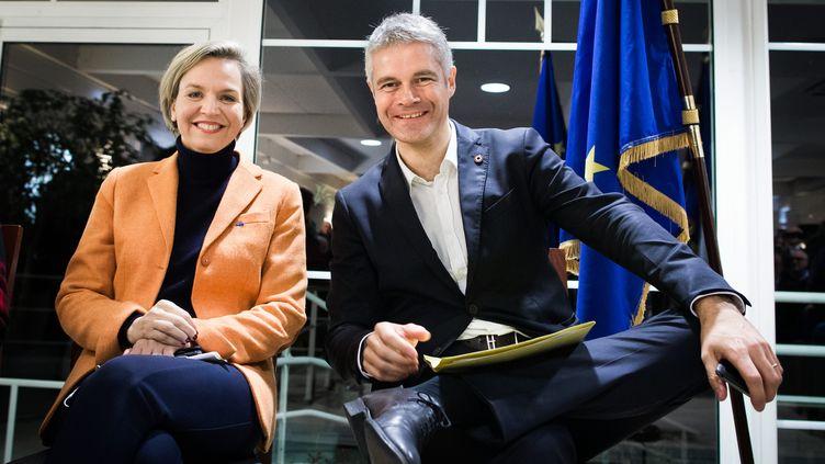 Virginie Calmels et Laurent Wauquiez, lors d'un meeting à Arcachon (Gironde), le 23 novembre 2017. (THIBAUD MORITZ / MAXPPP)