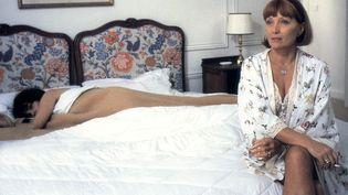 "L'actrice Stéphane Audran dans le film ""Betty"" de Claude Chabrol, sorti en 1992. (NANA PRODUCTIONS / SIPA)"