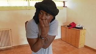 """""""C'est quoi le problème ?"""", une pièce écrite et jouée par des migrants avec l'aide de deux comédiennes  (France 3 / Culturebox )"""