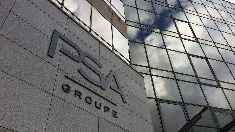 """Prime d'intéressement chez PSA : """"Le groupe était au bord du dépôt de bilan en 2014, le redressement est très spectaculaire"""", estime un économiste"""