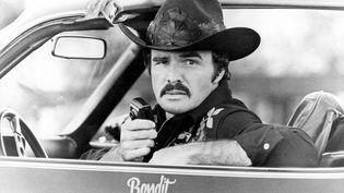 Burt Reynolds, dans le Cours moi après shérif, sorti en 1977. (GLOBE PHOTOS / MAXPPP)