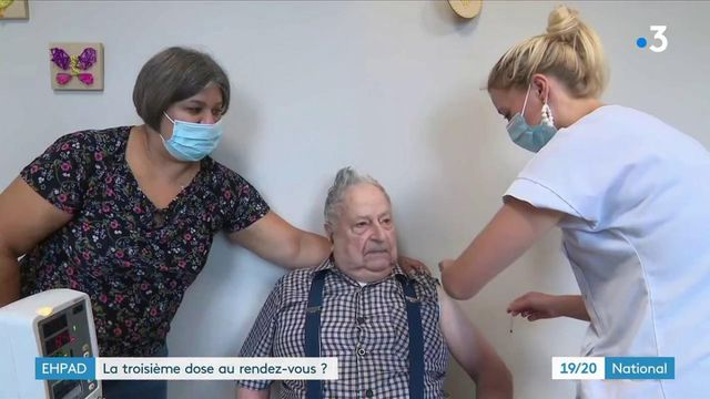 Vaccination contre leCovid-19 : les EHPAD entament la troisième dose