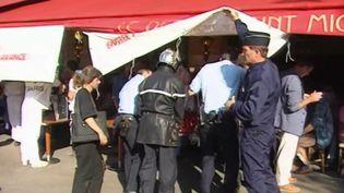 Le terroriste du RER B, Boualem Bensaïd, sera-t-il libéré ? Sa demande est examinée par la justice, jeudi 28 mai. Détenu depuis vingt-cinq ans, il avait été condamné à la perpétuité, étant considéré comme celui qui a posé la bombe. (France 3)