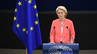 La présidente de la Commission européenne Ursula von der Leyen lors de son discours sur l'état de l'UE mercredi 15 septembre, à Strasbourg. (EU COMMISSION/POOL / ANADOLU AGENCY / AFP)