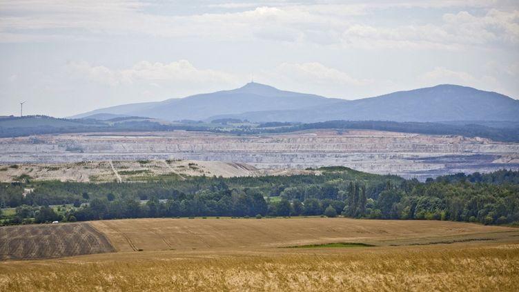 Vue depuis l'Allemagne de la mine de lignite polonaise de Turow. (EVENTPRESS HOENSCH / EVENTPRESS HOENSCH)