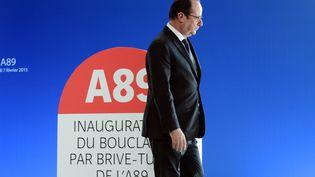 Le président de la République, François Hollande, àSaint-Germain-les-Vergnes (Corrèze), le 7 février 2015. (JEAN-PIERRE MULLER / AFP)