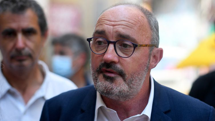 Jean-Laurent Felizia, tête de liste du Rassemblement écologique et social en Provence-Alpes-Côte d'Azur, à Marseille (Bouches-du-Rhône) le 15 juin 2021 (NICOLAS TUCAT / AFP)