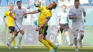 Emil Forsberg contre la Slovaquie, le 18 juin 2021. (MAXIM SHEMETOV / POOL)