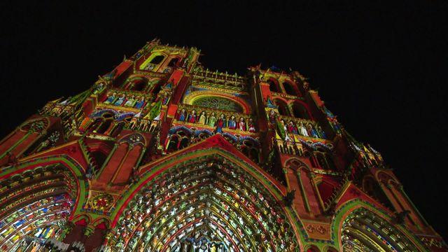 spectacle Chroma à la cathédrale d'Amiens