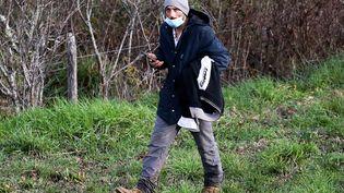 Cédric Jubillar, le mari de Delphine Jubillar, lors d'une opération de recherches dans les bois de Milhars (Tarn), le 23 décembre 2020. (FRED SCHEIBER / AFP)