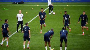 L'équipe de France de football à l'entrainement au Groupama Stadium, le 6 septembre 2021. (FRANCK FIFE / AFP)