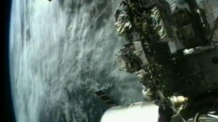 La Terre vue depuis laStation spatiale internationale (ISS), le 16 novembre 2011. (FTVi / REUTERS)