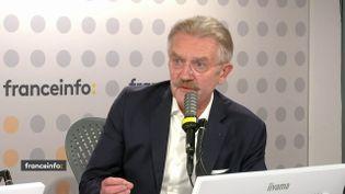 Frédéric Thiriez, avocat au Conseil d'Etat et à la Cour de cassation et ex-président de la Ligue de football professionnel, était l'invité de franceinfo vendredi 24 septembre 2021. (CAPTURE ECRAN / FRANCEINFO)