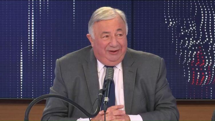 """Gérard Larcher, président du Sénat, était l'invité du """"8h30 franceinfo"""", vendredi 2 octobre 2020. (FRANCEINFO / RADIOFRANCE)"""