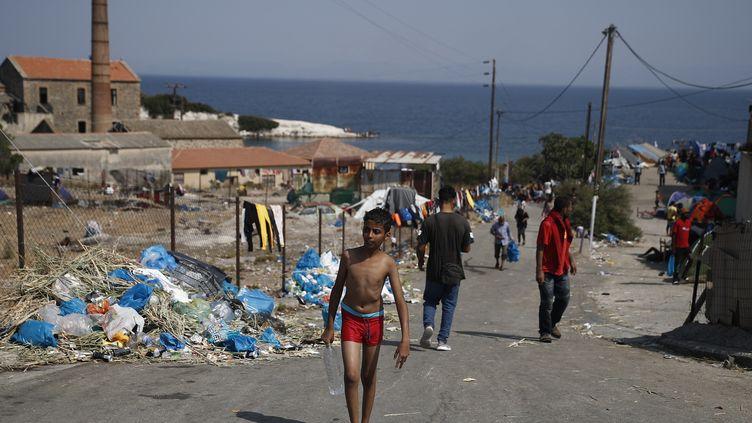 Le nouveau camp provisoire de Kara Tepe,prèsde Mytilène, la capitale de l'île de Lesbos. (DIMITRIS TOSIDIS / ANA-MPA / MAXPPP)