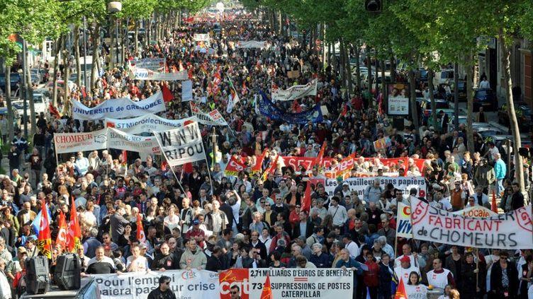 Le défilé du 1er mai 2009 à Grenoble (Isère). (JEAN-PIERRE CLATOT / AFP)