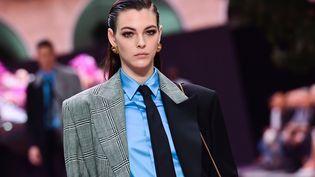 Défilé masculin Versace printemps-été 2020 pendant la Milan Fashion Week, le 15 juin à Milan en Italie (MIGUEL MEDINA / AFP)