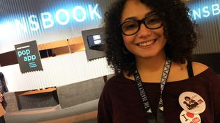 Emilie, Bulledop, booktubeuse  (laurence Houot / Culturebox)