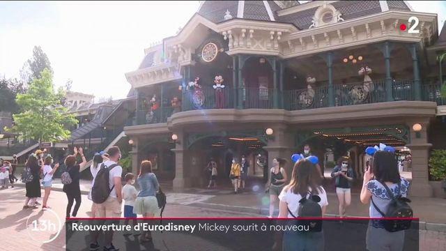 Disneyland Paris : la réouverture du parc réjouit les visiteurs