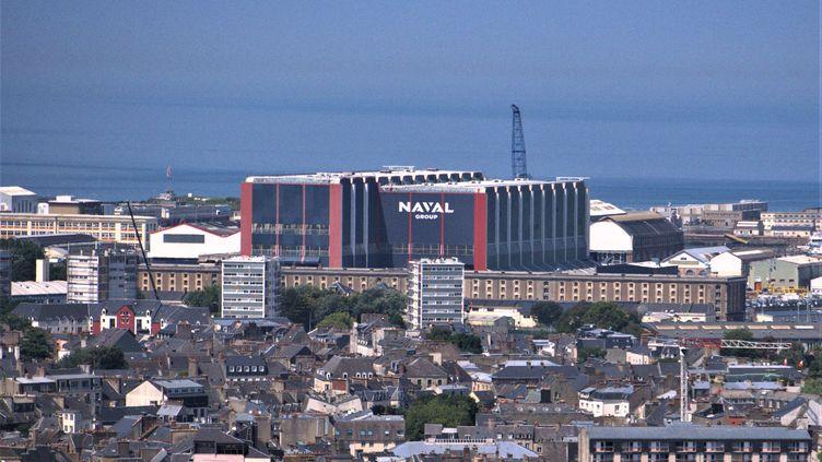 Le site de Naval Group à Cherbourg dans la Manche. (MORGANE HEUCLIN-REFFAIT / RADIO FRANCE)
