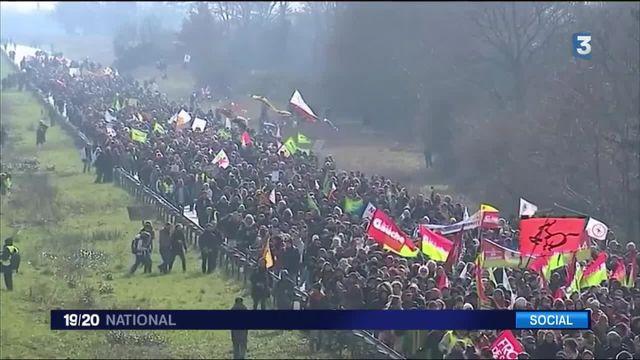 Notre-Dame-des-Landes : nouvelle manifestation des opposants à l'aéroport