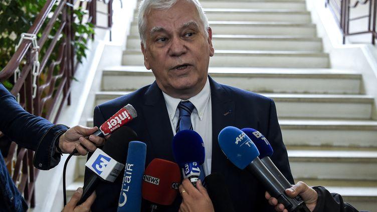 Le procureur de Dijon, Jean-Jacques Bosc, lors d'une conférence de presse le 29 juin 2017. (PHILIPPE DESMAZES / AFP)