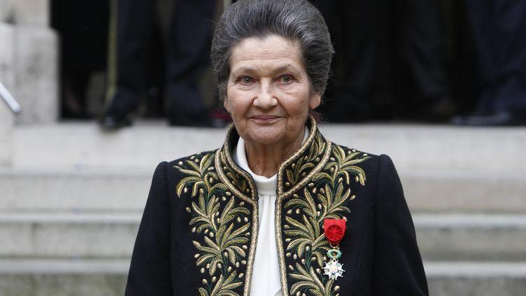 Simone Veil alors élue à l'Académie française, le 18 mars 2010. (FRANCOIS GUILLOT / AFP)