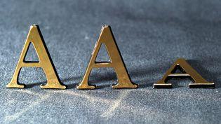 Après la France, Moody's a dégradé la note de la Grande-Bretagne, qui passe de Aaa à Aa1, le 22 février 2013. (PHILIPPE HUGUEN / AFP)