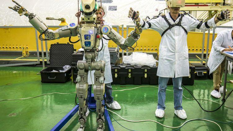 Le robot Fedor, à Baikonour (Kazakhstan), le 26 juillet 2019. (ROSCOSMOS SPACE AGENCY / AFP)