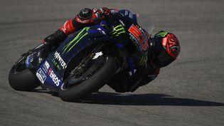 Le Français Fabio Quartararo (Monster Energy Yamaha) durant la troisième séance d'essais libres du Grand Prix d'Espagne sur le circuit de Jerez, samedi 1er mai. (PIERRE-PHILIPPE MARCOU / AFP)