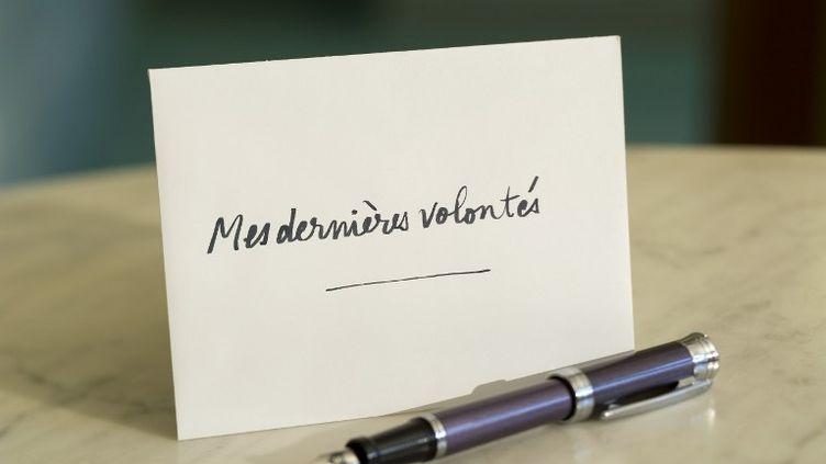 Le site internet Testamento.fr, ouvert mardi 3 décembre 2013,propose aux internautes de rédiger en ligne leur testament. (CHARLIE ABAD / PHOTONONSTOP / AFP)