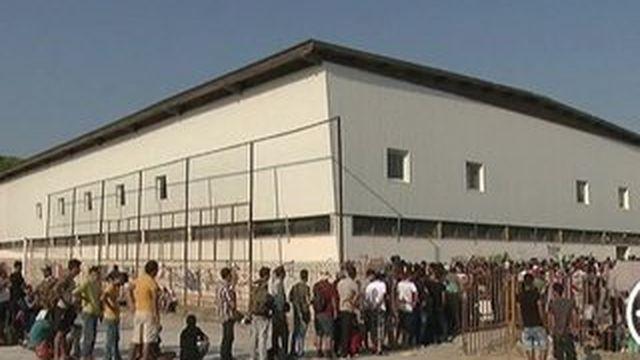 Afflux record de migrants en juillet, l'UE dépassée
