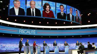 Le plateau du dernier débat de la primaire à droite du jeudi 16 novembre 2016 (PHILIPPE WOJAZER / AFP)