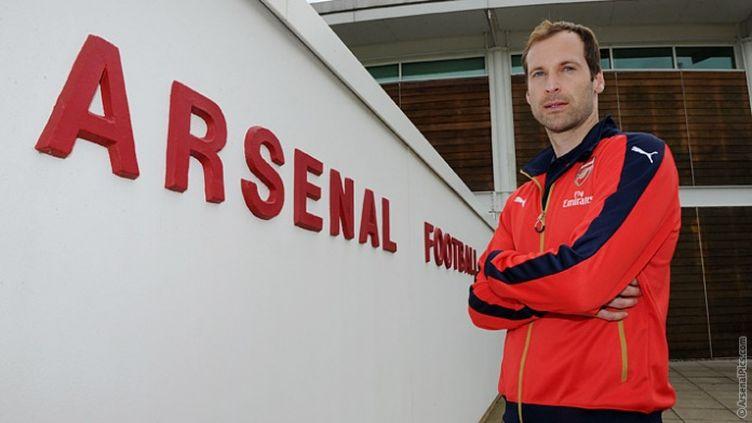 Petr Cech est le nouveau gardien d'Arsenal