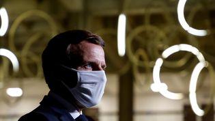Emmanuel Macron à Bobigny (Seine-Saint-Denis), le 20 octobre 2020. (LUDOVIC MARIN / AFP)