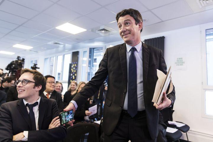 Benjamin Griveaux (D) avec Pacôme Rupin (G) au siège de La République en marche lors d'une conférence de presse, le 5 février 2020. (MAXPPP)