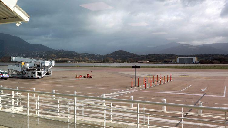 L'aéroportNapoléon-Bonaparte d'Ajaccio est fermé depuis le 21 décembre. (JEAN-PIERRE BELZIT / MAXPPP)