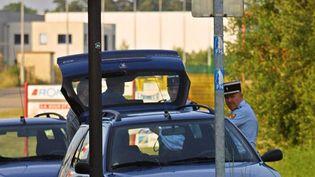 Un panneau routier indiquant Bitche en Moselle. (THOMAS WIRTH / AFP)