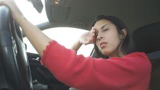 """Près d'un conducteur sur dix s'est endormi au volant au moins une fois en allant ou en revenant du travail, selon une enquête """"sommeil et transports"""" auprès des actifs, publiée le 25 mars 2014. (CHASSENET / BSIP / AFP)"""