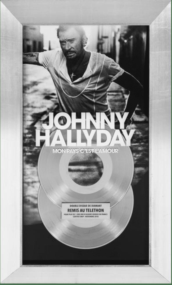 """Le double disque de diamant de l'album """"Mon pays c'est l'amour"""" de Johnny Hallyday est l'un des objets phares des enchères en ligne  (Drouot Digital)"""