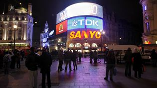 Picadilly Circus, place emblématique de Londres (Grande-Bretagne). Photo d'illustration. (FELIPE TRUEBA / EPA)