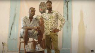 """Le peintre ghanéen Amoako Boafo Image du film """"Dior Men's Summer 2021 Collection"""" (Capture d'écran Youtube / Dior)"""