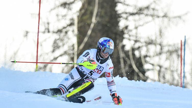 Alexis Pinturault repart de Chamonix avec deux huitièmes places en slalom, samedi 30 et dimanche 31 janvier 2021. (JEFF PACHOUD / AFP)