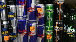 La taxe proposée par les députés socialistes sur les boissons énergisantes serait de 200 euros par hectolitre. (ALEXEY MALGAVKO / RIA NOVOSTI / AFP)