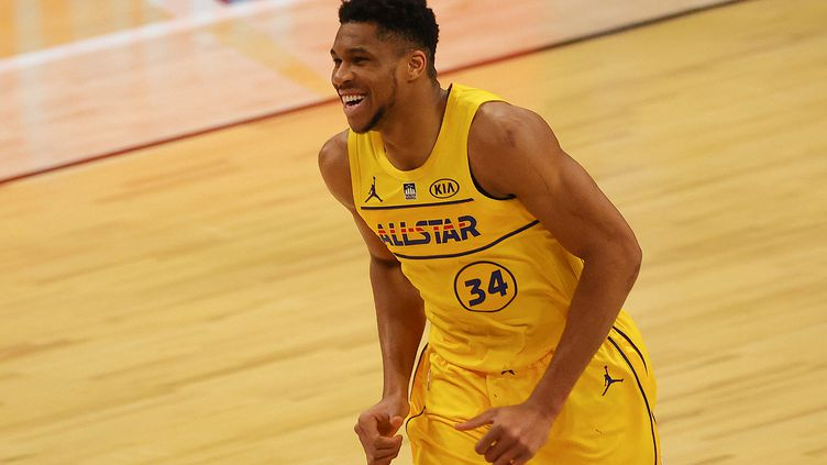 Giannis Antetokpounmpo, élu MVP du All Star Game, le 7 mars 2021 (KEVIN C. COX / GETTY IMAGES NORTH AMERICA)