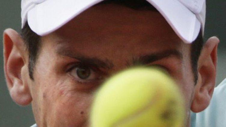 Novak Djokovic l'oeil fixé sur la balle