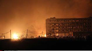 Un bâtiment endommagé par les explosions survenues à Tianjin (Chine), le 12 août 2015. (CHINE NOUVELLE/SIPA / XINHUA / SIPA)