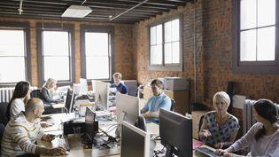 Le personnel d'une start-up en train de travailler. (HERO IMAGES / HERO IMAGES)