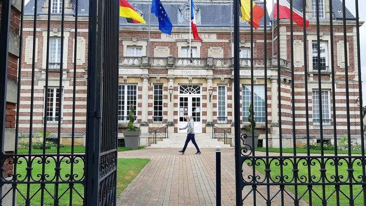 Hôtel de ville de Crépy-en-Valois, le 10 juin 2020. (BENJAMIN  ILLY / FRANCE-INFO)