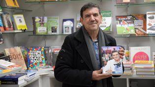 Christian Quesada, photographié le 23 novembre 2017 à Hauteville-Lompnes (Ain), lors de la sortie de son autobiographie. (MAXPPP)